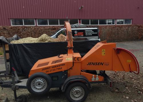 jorrit-hoekstra-boomverzorging-houtversnipperaar-en-kipkar