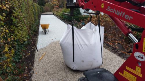 jorrit-hoekstra-tuinverzorging-tuinonderhoud-kiezelstenen-ondergrond-bigbag